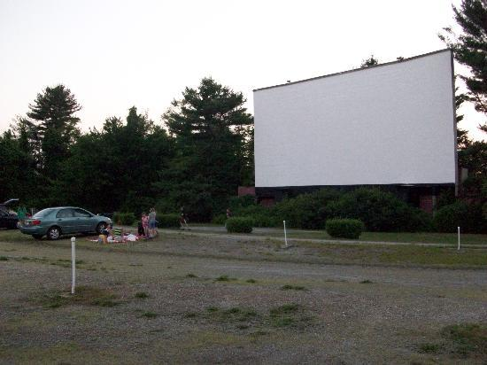 The Saco Drive In Theater Is One Of The Oldest Drive Ins In The United  States, Having Been Founded In 1938. They Have A Single Screen, Showing  Double ...
